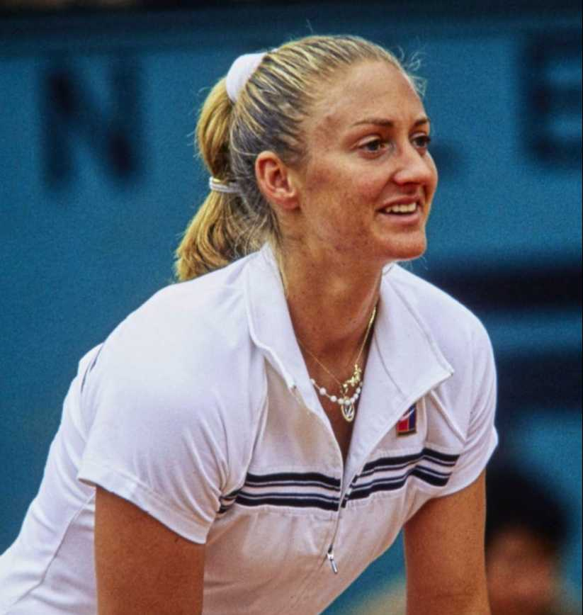 Mary Pierce TopCourt